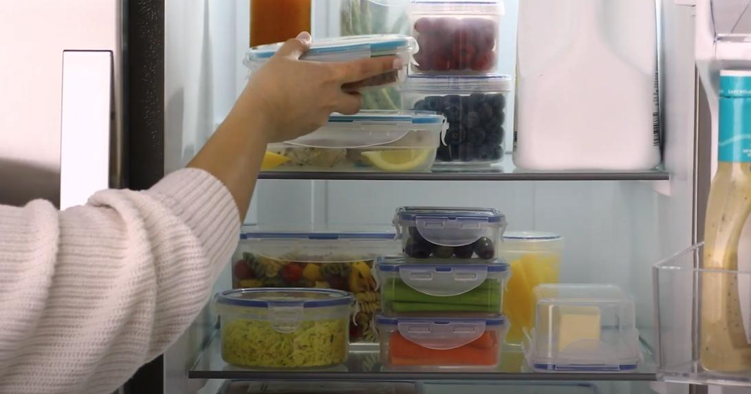 locknlock sets in a refrigerator
